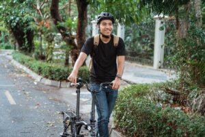 Harus Tau Nih, Starter Pack Wajib buat Kamu yang Hobi Bersepeda