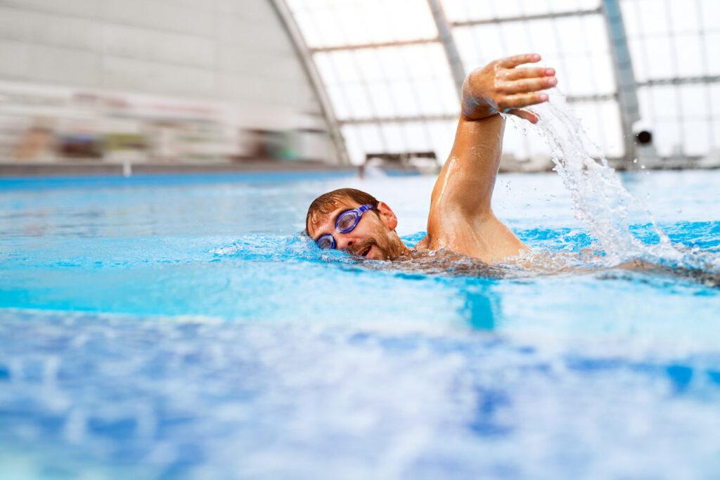 5 Alasan Berenang adalah Olahraga Terbaik untuk Kesehatan
